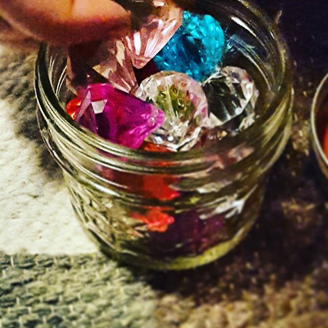 Counting the gems in our lives. What are you grateful for? #wholistictutoring #nyc #mindfulnessforkids #gratefulness