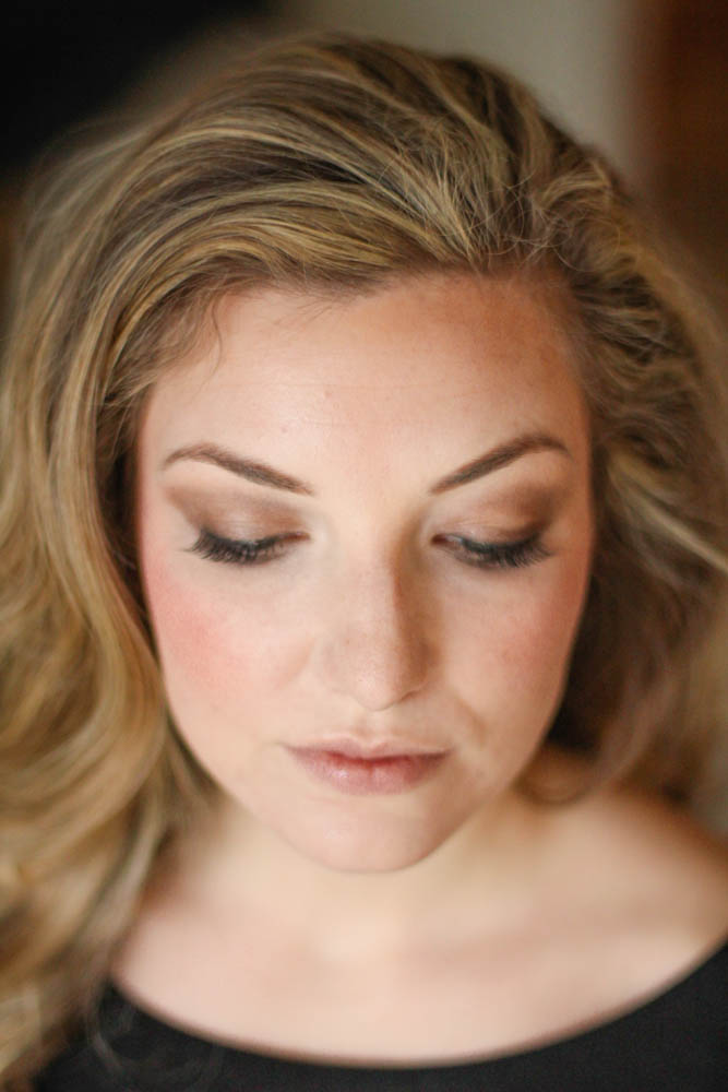 Subtle smokey eye - perfect for spring