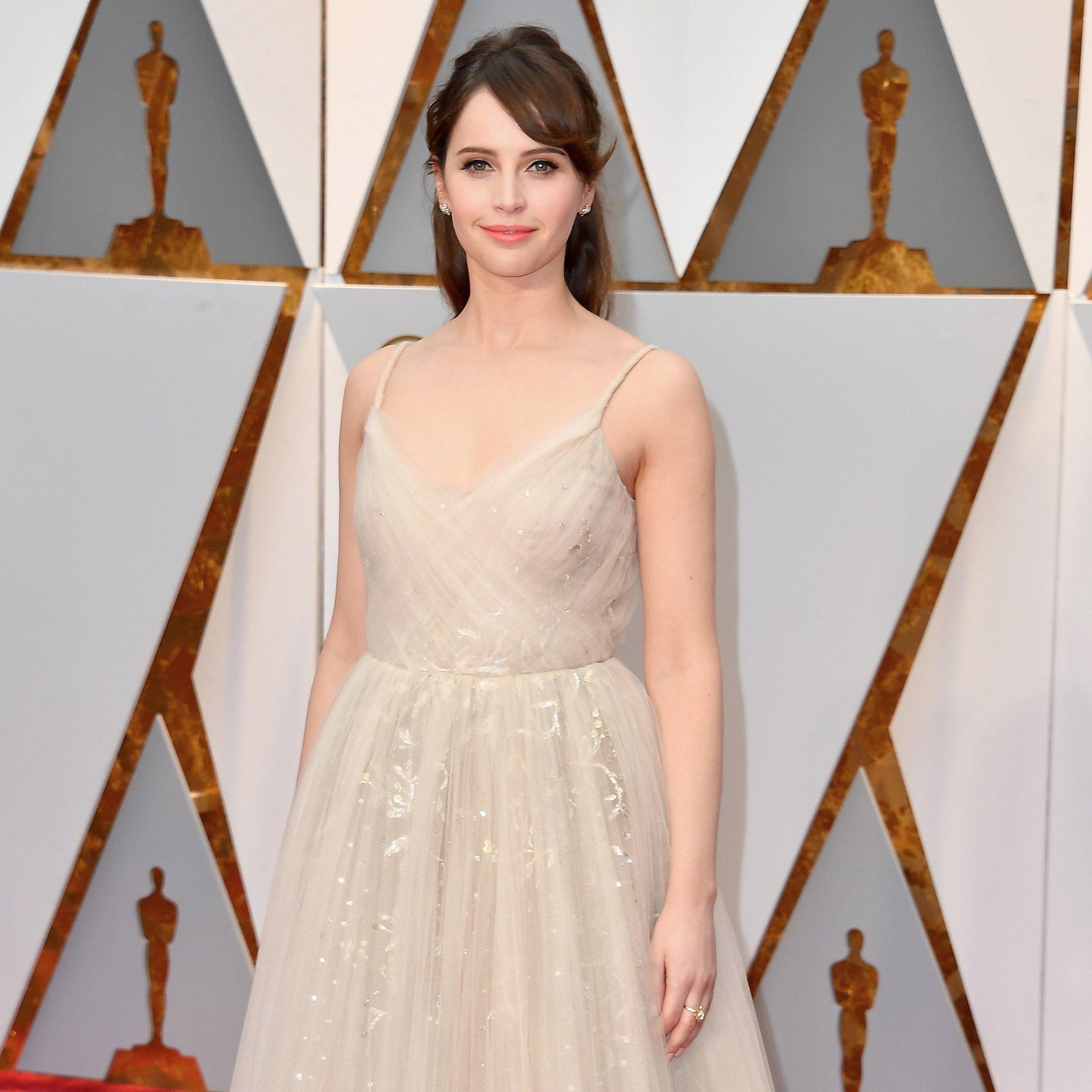 Felicity-Jones-Dior-Couture-Dress-Oscars-2017.jpg