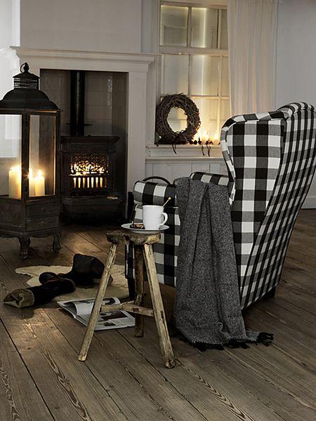 Black and White Buffalo Check Chair
