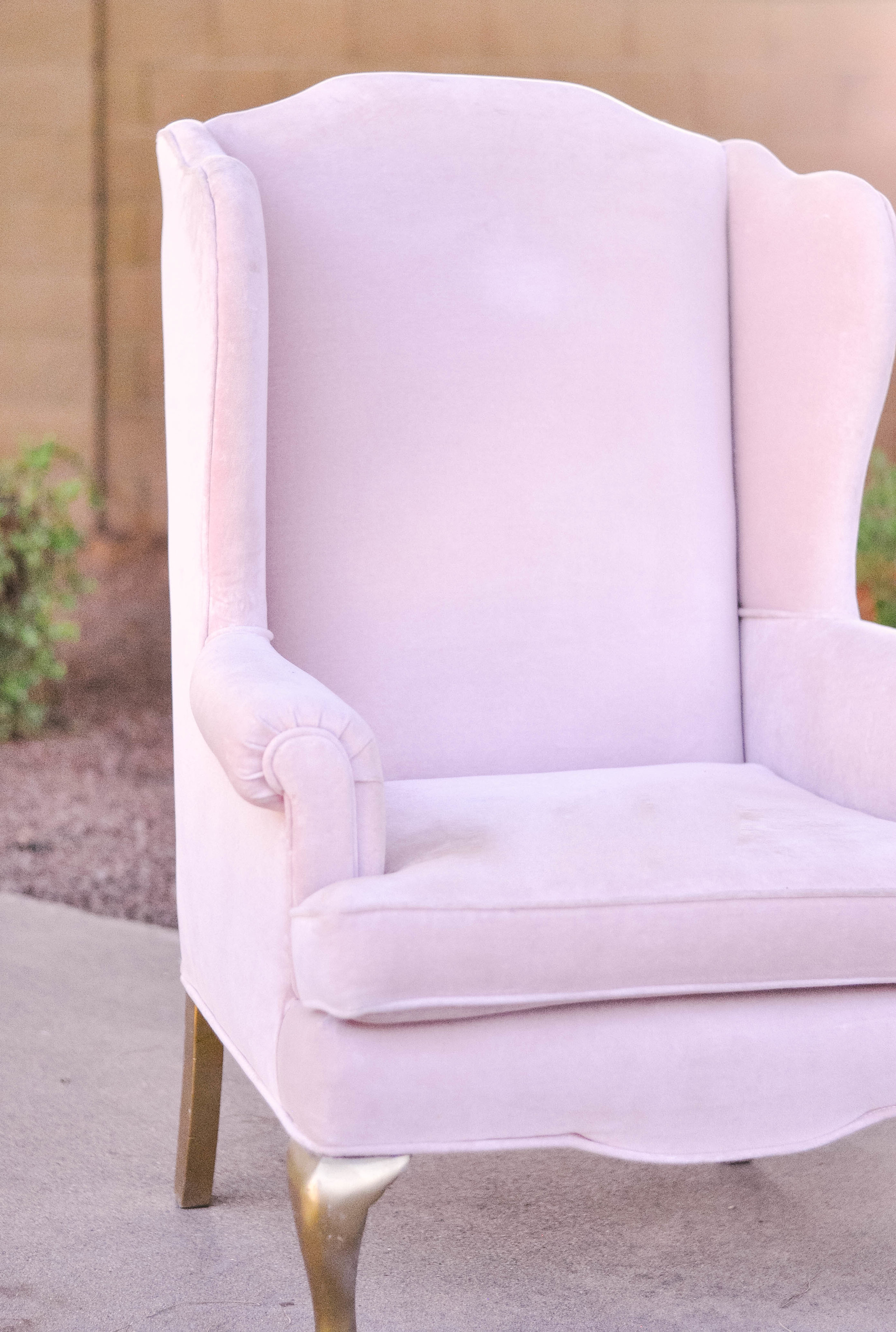 How-To-Reupholster-A-Chair-3.jpg