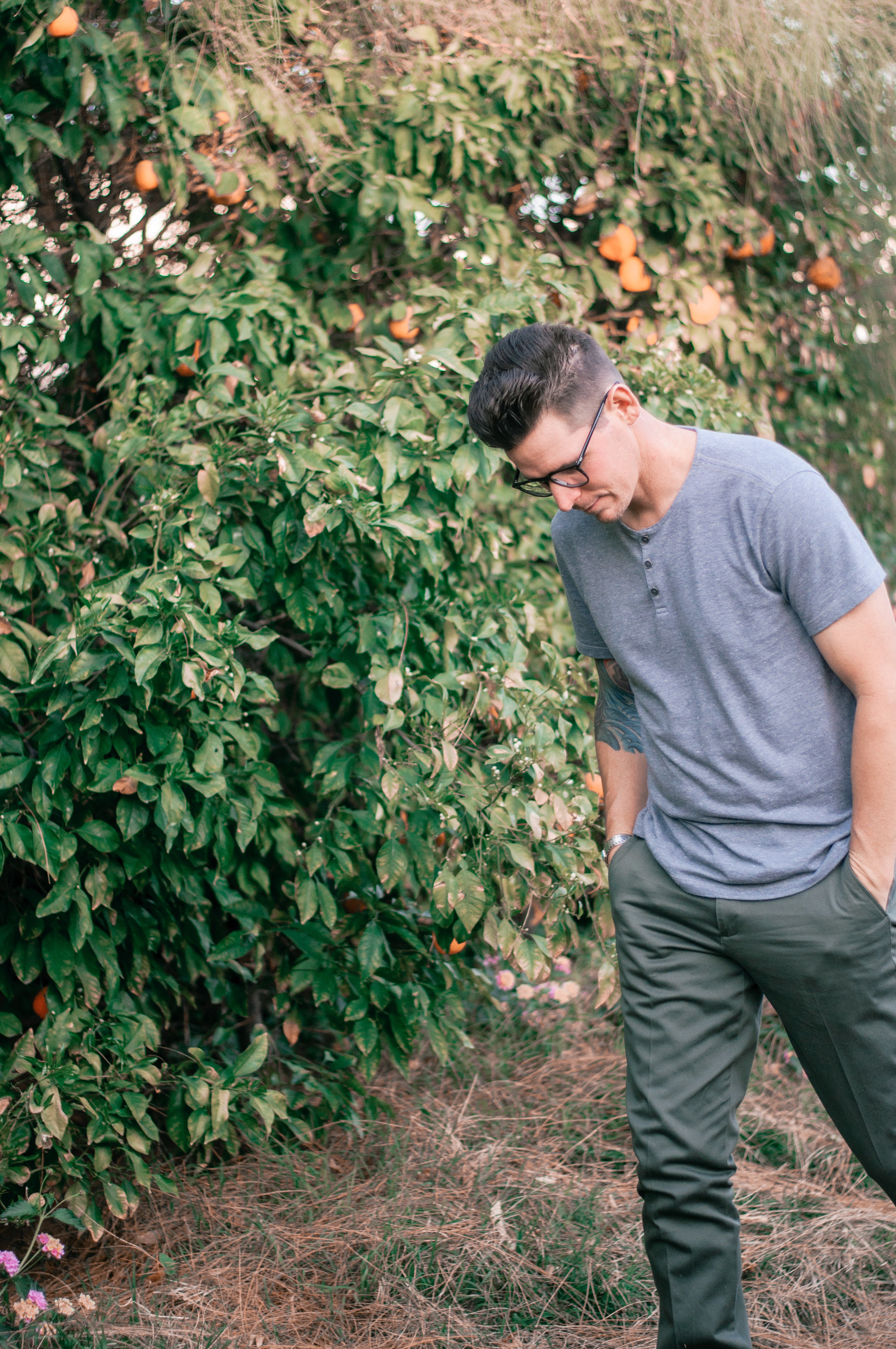 Men's Casual Grey and Green Outfit