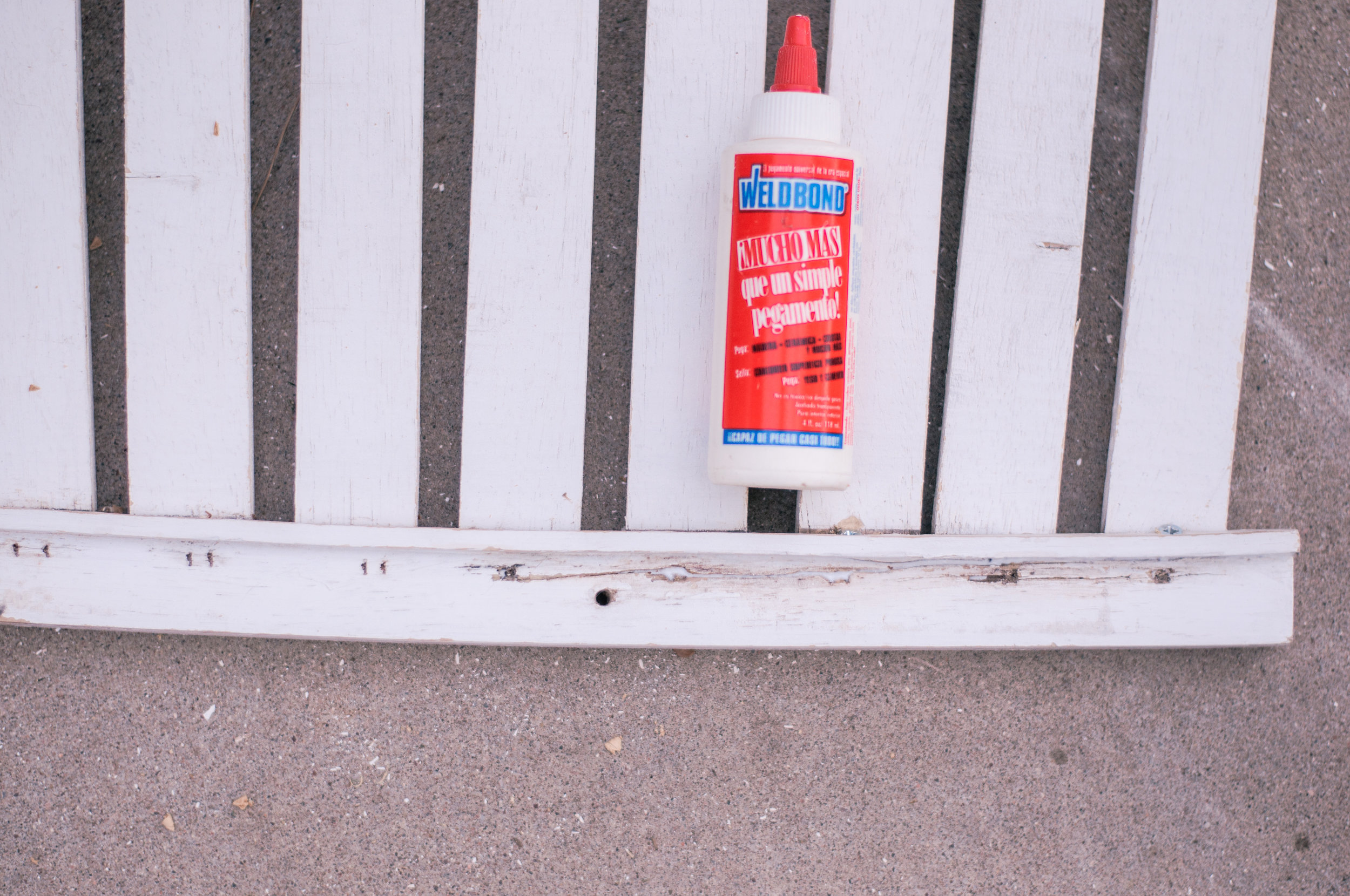 Weldbond All-Purpose Glue for Fixing Cracked Wood