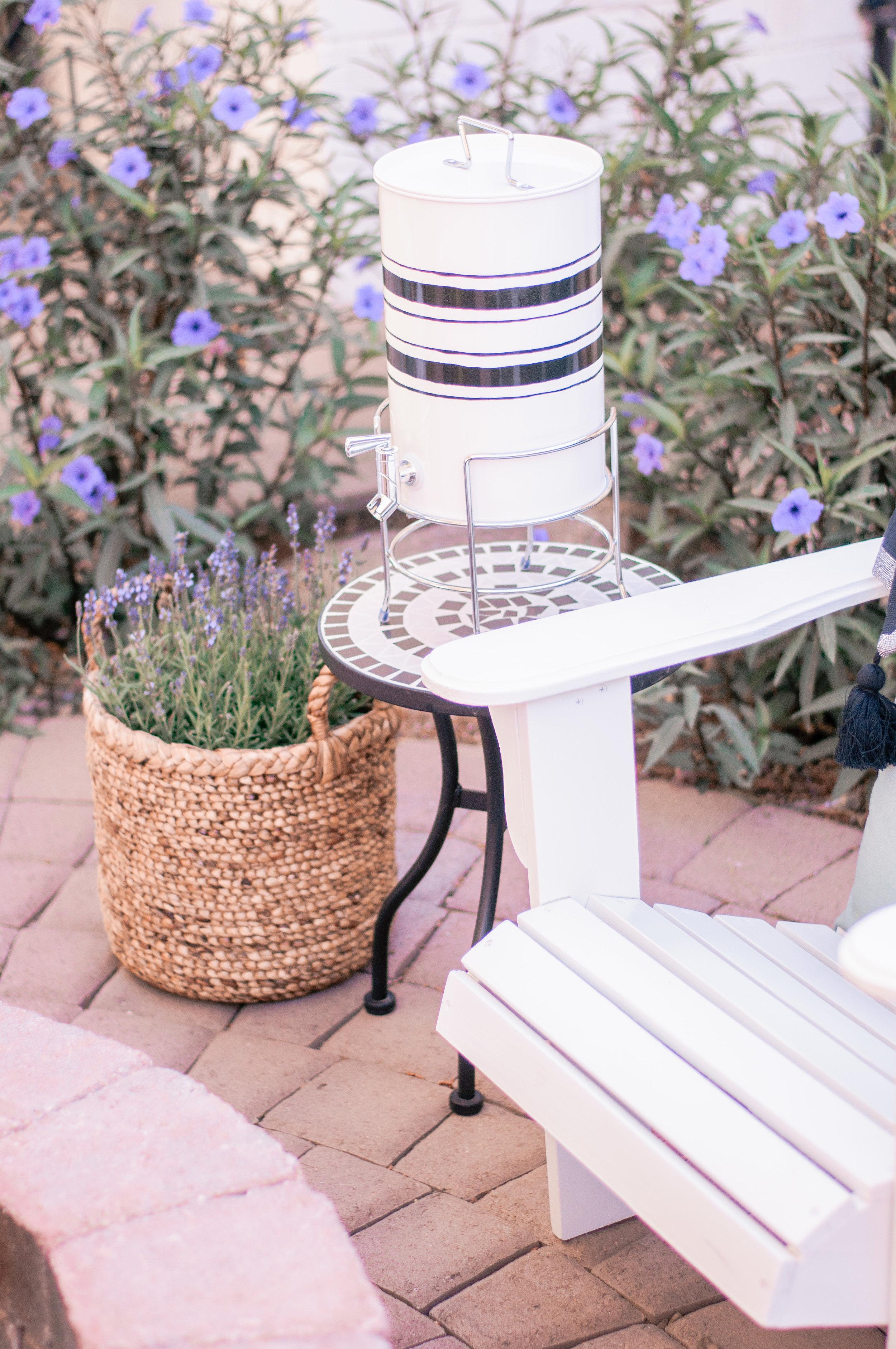 Creative Outdoor Backyard Patio Firepit Area Ideas