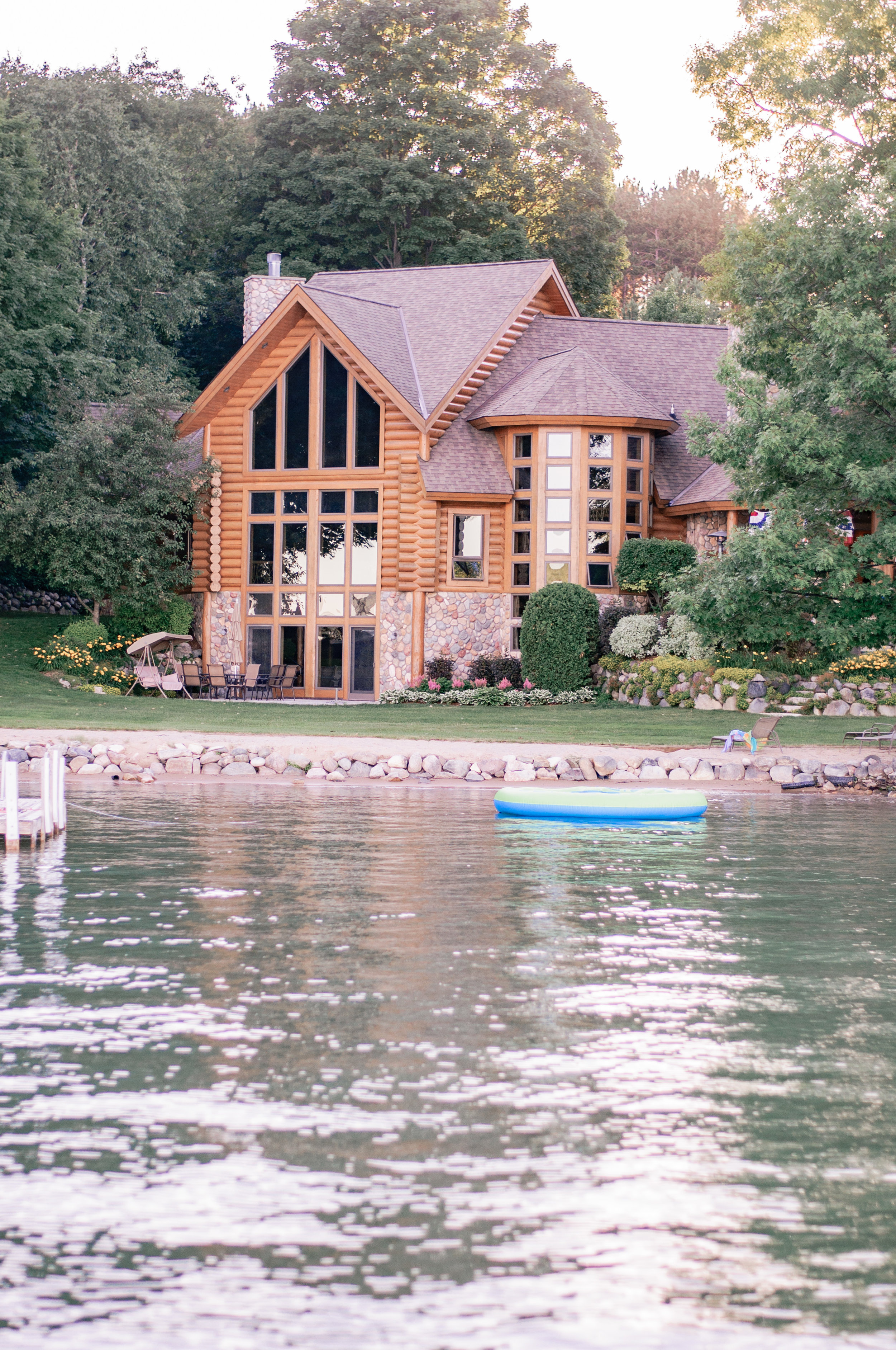 Cottage Cabin Style Exterior