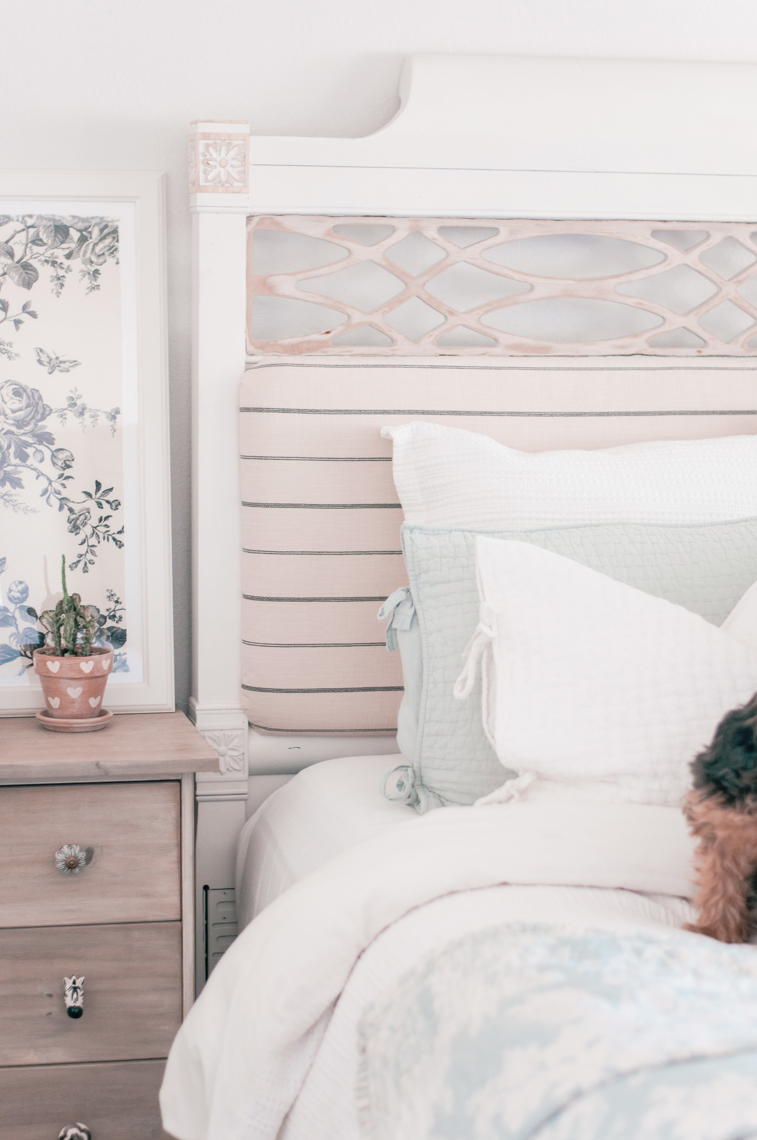 Cheap Upholstered Fabric Headboard