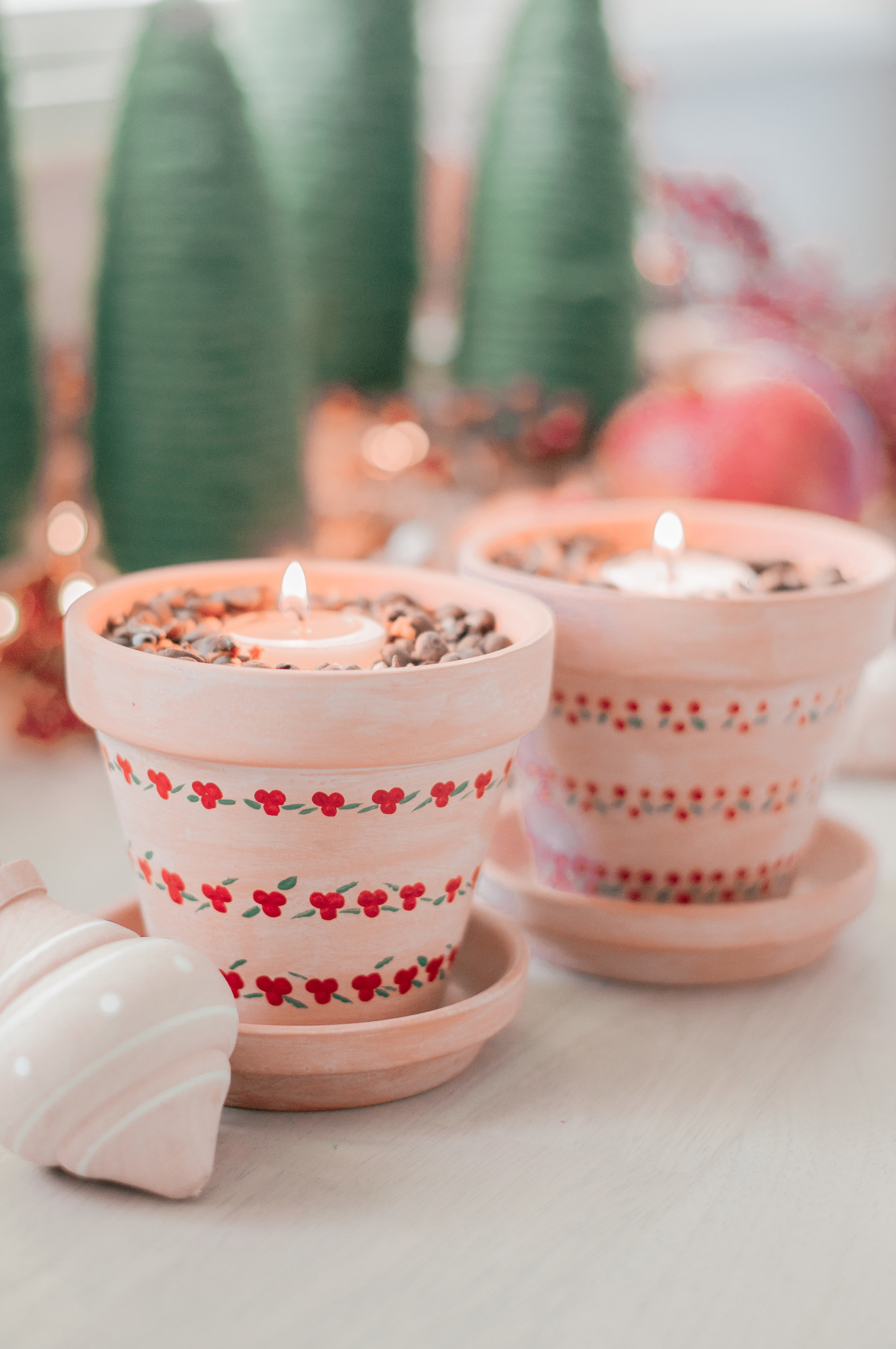 christmas-candle-scents-2.jpg
