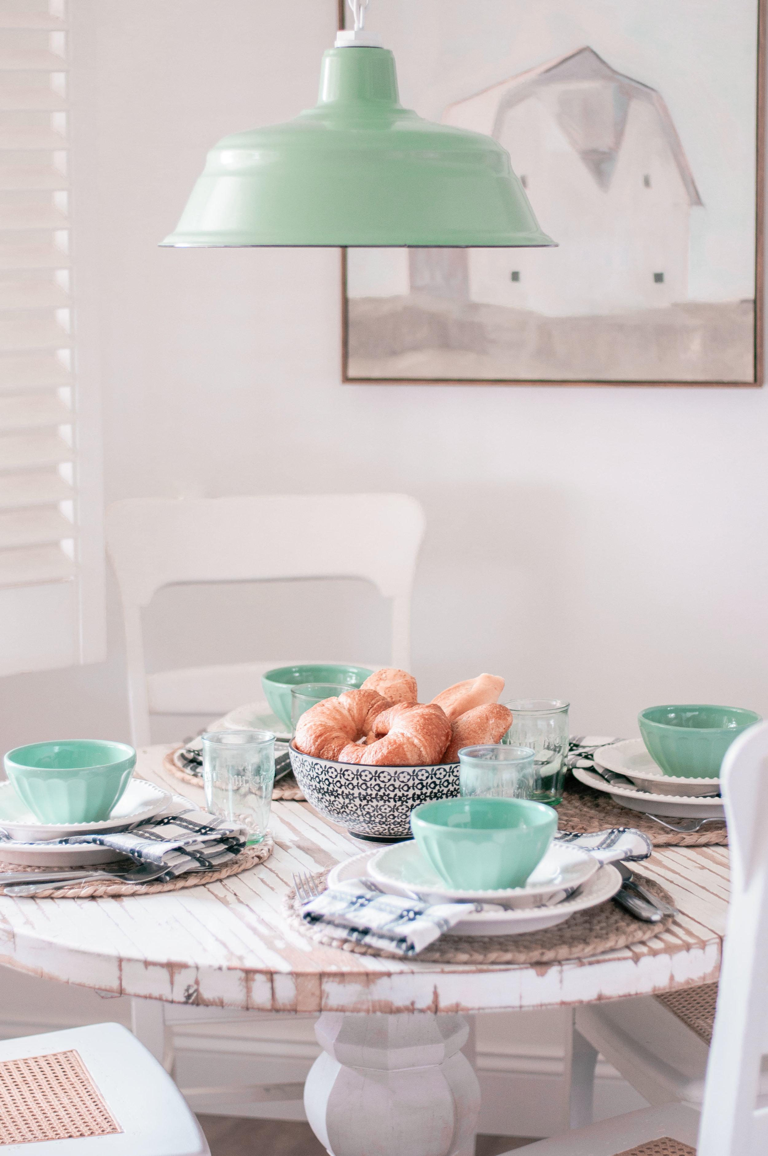 Breakfast Nook Table Ideas