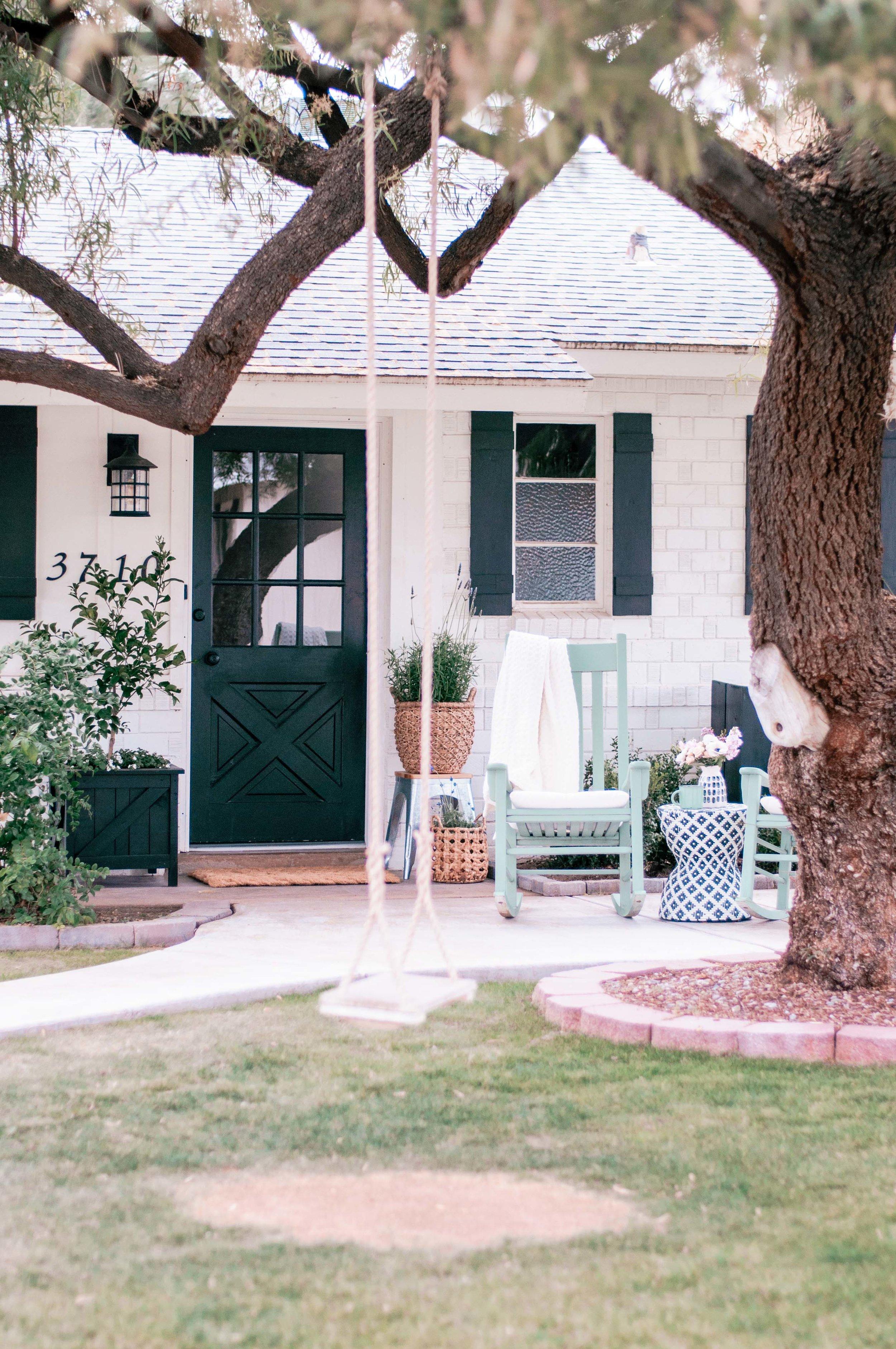 front-porch-furniture-ideas.jpg