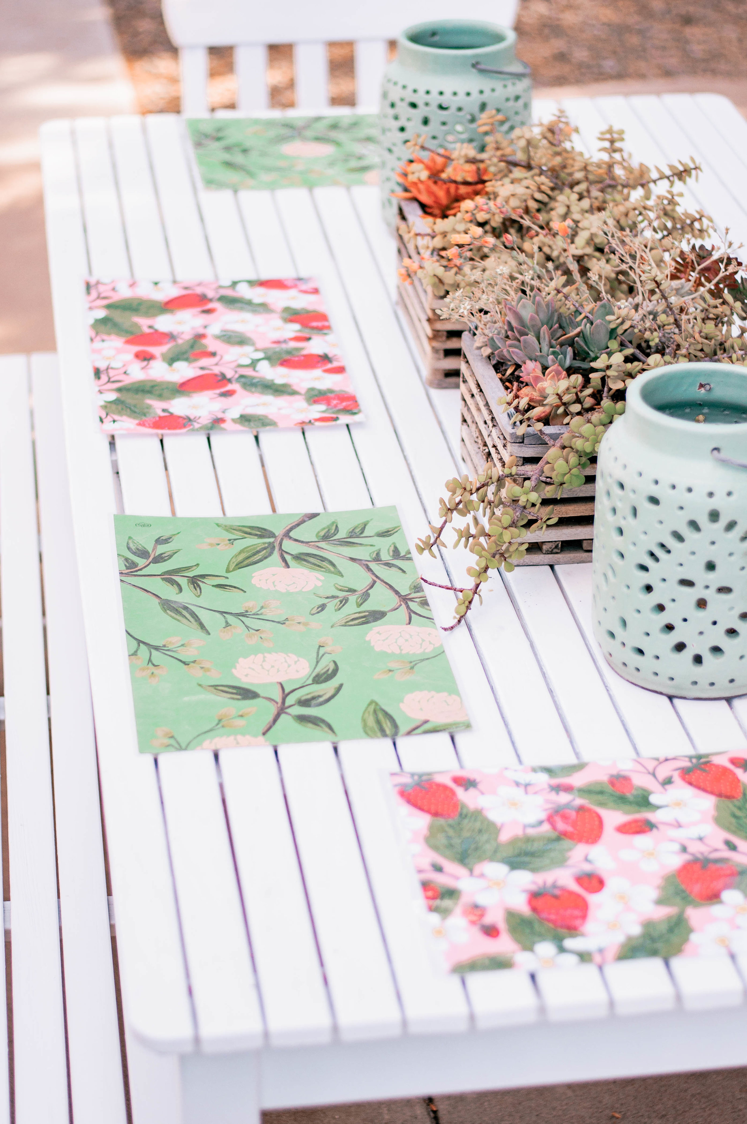 pretty-paper-placemats.jpg