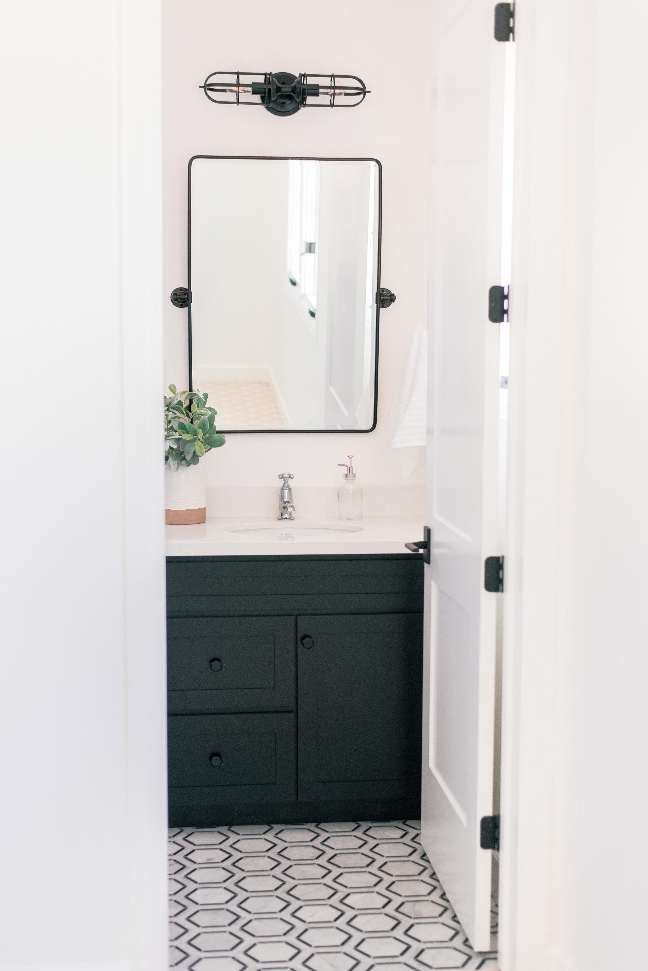 Black and White Modern Farmhouse Bathroom