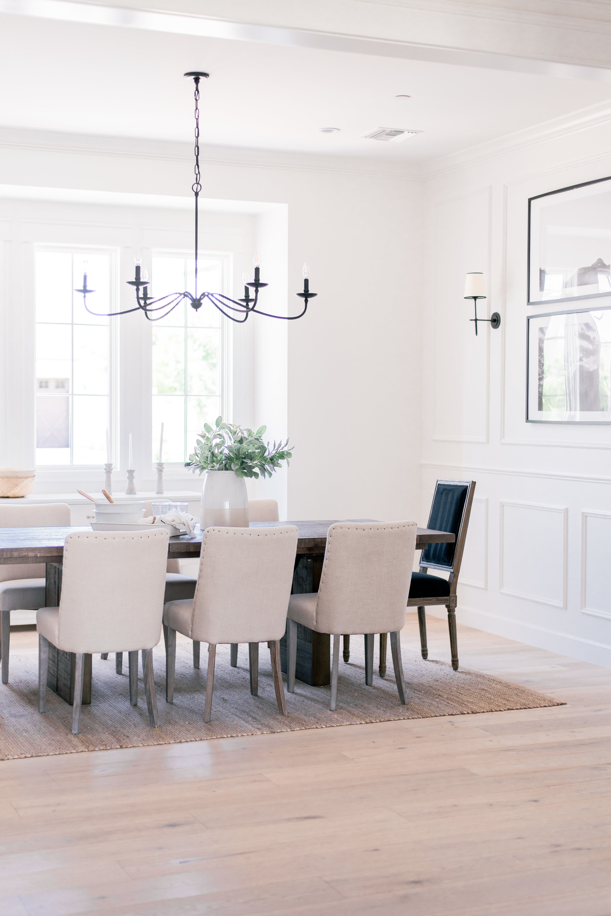 Modern Cottage Dining Room Design
