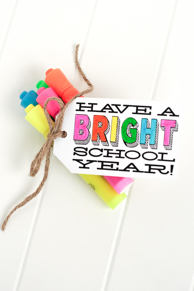 "And the best part is that  The Tom Kat Studio  provides a free printable for those ""bright"" tags!"