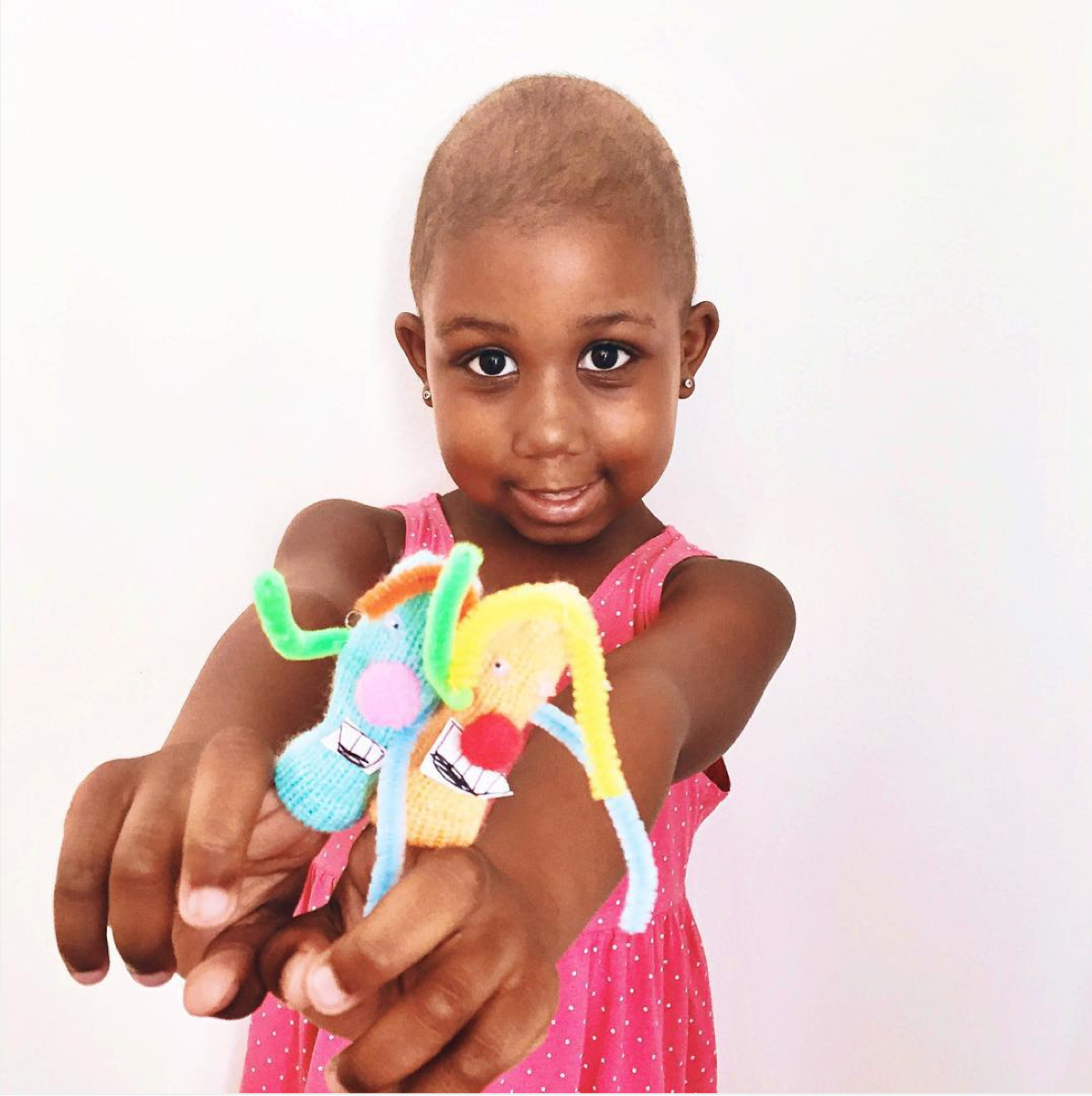 I just wanted to take a moment to say Thank you! Thank you for those of you who have joined our movement to craft with purpose. Tonight I received a few photos of this little one who is fighting cancer (she is our hero). She received one of the finished crafts that one of our Crafting It Forward families made and mailed forward using the address label that we provide in each box (we have teamed up with MaxLove Project to get your cute crafts in the hands of children fighting serious illnesses). It's moments like this where I know TOGETHER we are making a difference (even if it's a little one). When you get one of our boxes you build creativity and family time with your littles….But you also get the opportunity to bring a smile to a child that is fighting cancer. Thank You!!!!  Image Source