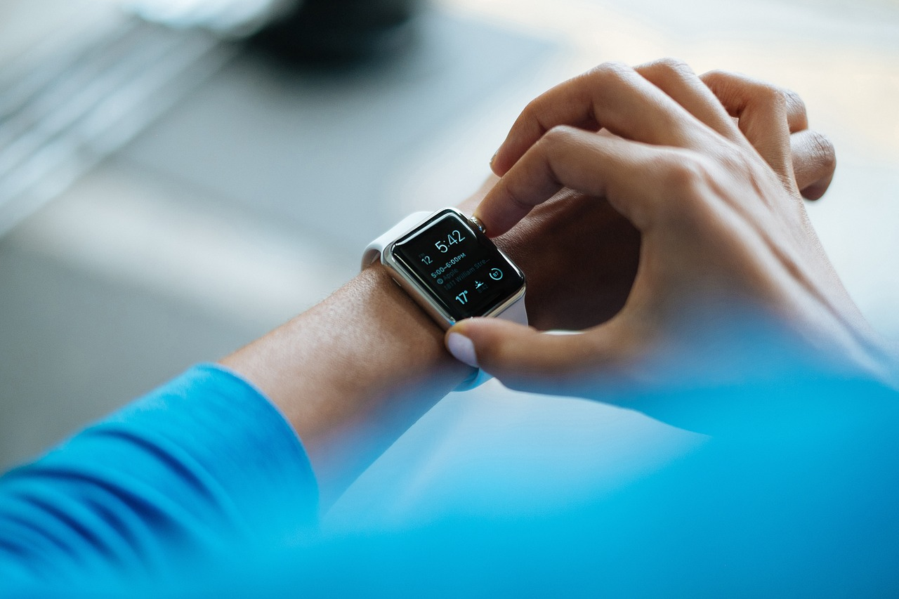 health apps and wearables used by physicians