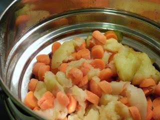 apples+carrots+edited.jpg