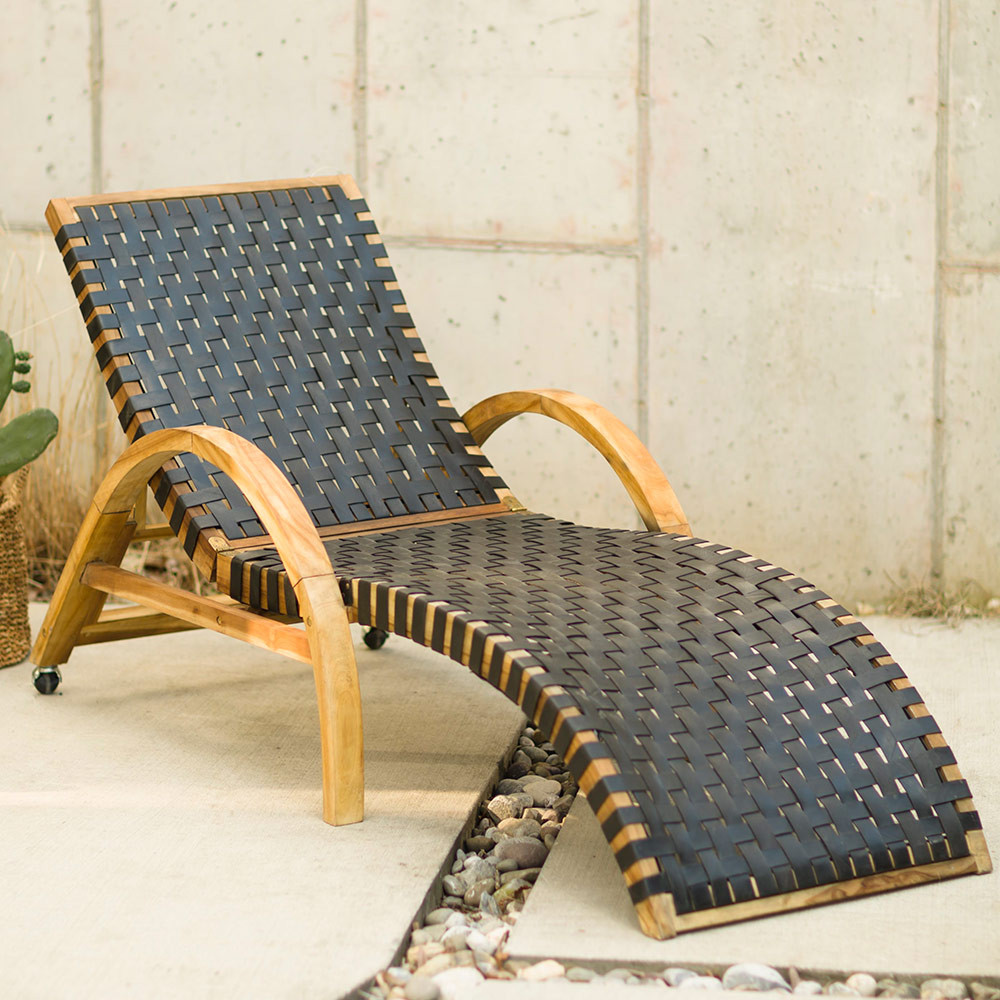 VivaTerra | Teak and Recycled Rubber Lounge Chair