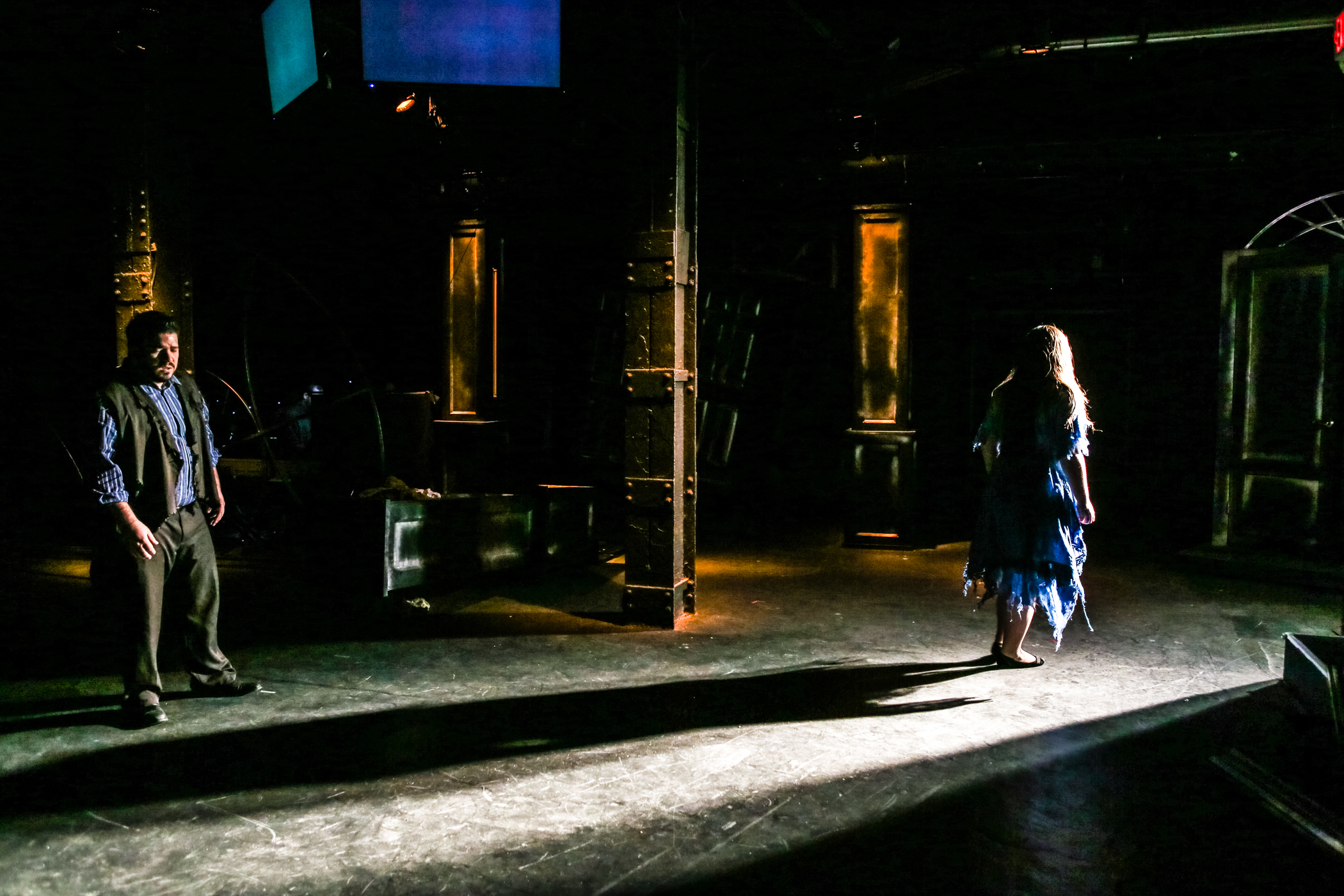Lighting Designer Chris Bocchiaro and Scenic Designer Andrea Nice create integrated work of color and shadow in Boston Opera Collaborative's  Faust et Marguerite  (Photo Credit: Dan Busler).
