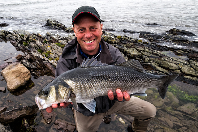 Joe is rather happy with his best ever shore bass, taken on the IMA/DUO Nabarone.