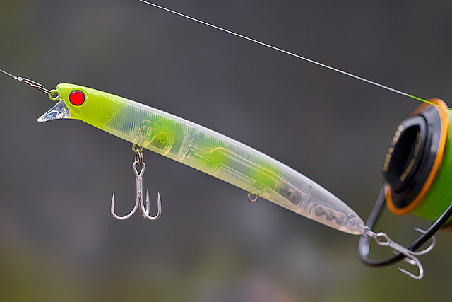 APIA Lammtarra - I need a lot more time with this good looking APIA lure, but I am starting to really like this shallow-diving Lammtarra (130mm, 18g, to 30cms swimming depth). It casts pretty well, it swims fairly shallow, and it's got a good strong action that you just know bass will fall for. I have heard of a few bass anglers catching a bunch of good fish on this lure and I will be interested to see how it might do over time. Some fantastic colours as well.