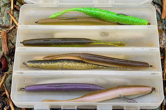 OSP DoLive Stick 6'' - I tend to fish the 6'' version weightless (i.e. no added weight, just a weedless hook around the 5/0 or 6/0 size) and you'll be somewhat surprised at how well this thing casts. It flies !! The proof is in the pudding – check here. I wrote another blog post about this lure here and here. My favourite hooks for these lures in the 6'' size are the Owner Twistlock Gary Yamamoto Spec, either size 5/0 here or 6/0 here.Affiliate links (my sincere thanks if you choose to buy via these): Lurefishingforbass.co.ukNow available in white - yippee! - Lurefishingforbass.co.ukSoft plastic of the year 2018.