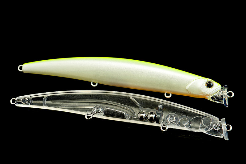 Duo Terrif DC-12 - A very long casting and wonderfully shallow swimming missile, I know a lot of bass anglers who swear by the Duo Terrif DC-12 (120mm, 18g), and is typical of DUO lures, there are some great colours.Affiliate links (my sincere thanks if you choose to buy via these): Chesil Bait'n'Tackle, Ebay