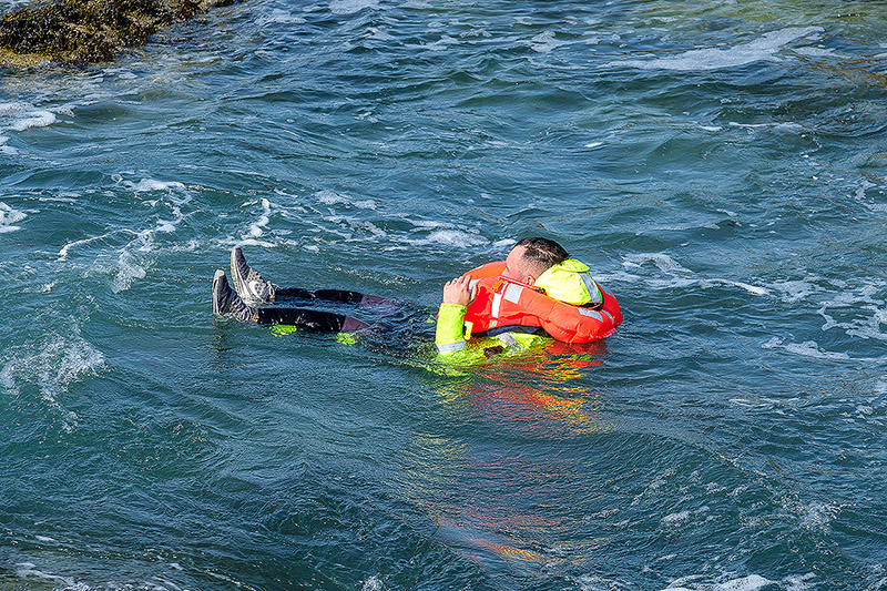 That's a 275N lifejacket with the floatation suit