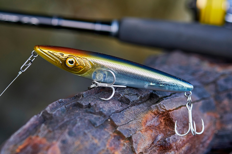 Lurenzo Espetit - A stunning little surface lure, this new Lurenzo Espetit (95mm, 10.5g) is perfect for calmer conditions like you might find in estuaries and bays and so on. Casts great for its size, remarkably stable when you walk it, and I had some bass early on with this lure when they slashed at it and I stopped it dead - bang!Affiliate links (my sincere thanks if you choose to buy via these): Lurefishingforbass.co.uk, Caranx.net