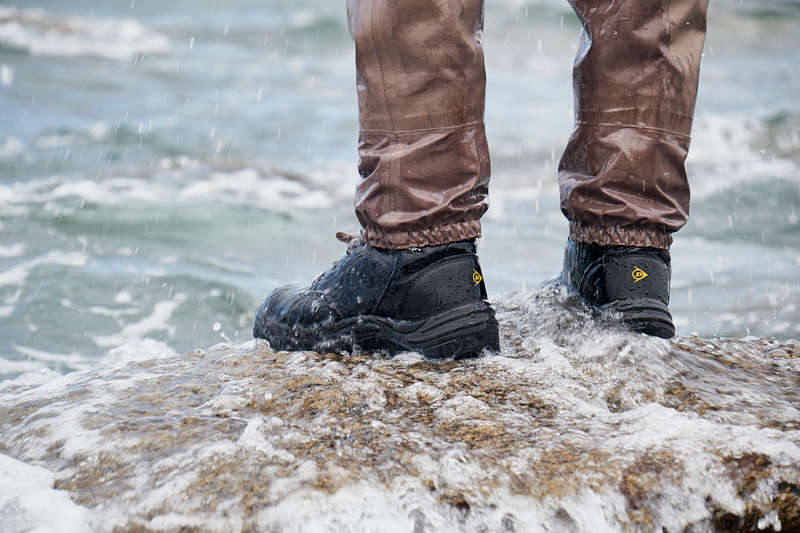 Dunlop safety boots as wading boots - These cheap as chips Dunlop safety boots are doing brilliantly as wading boots and they won't break the bank when they go and fall apart and I need to buy a new pair. All details can be found here and here.Wading boots of the year 2018.