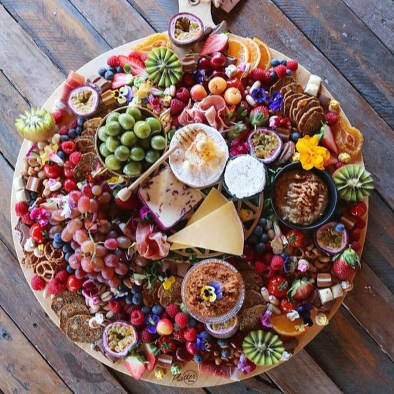 christmas+grazing+platter.jpg