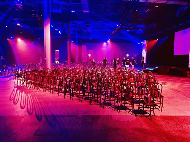 Love seeing our #bentwoods fill an epic venue for an epic event! #sitpretty