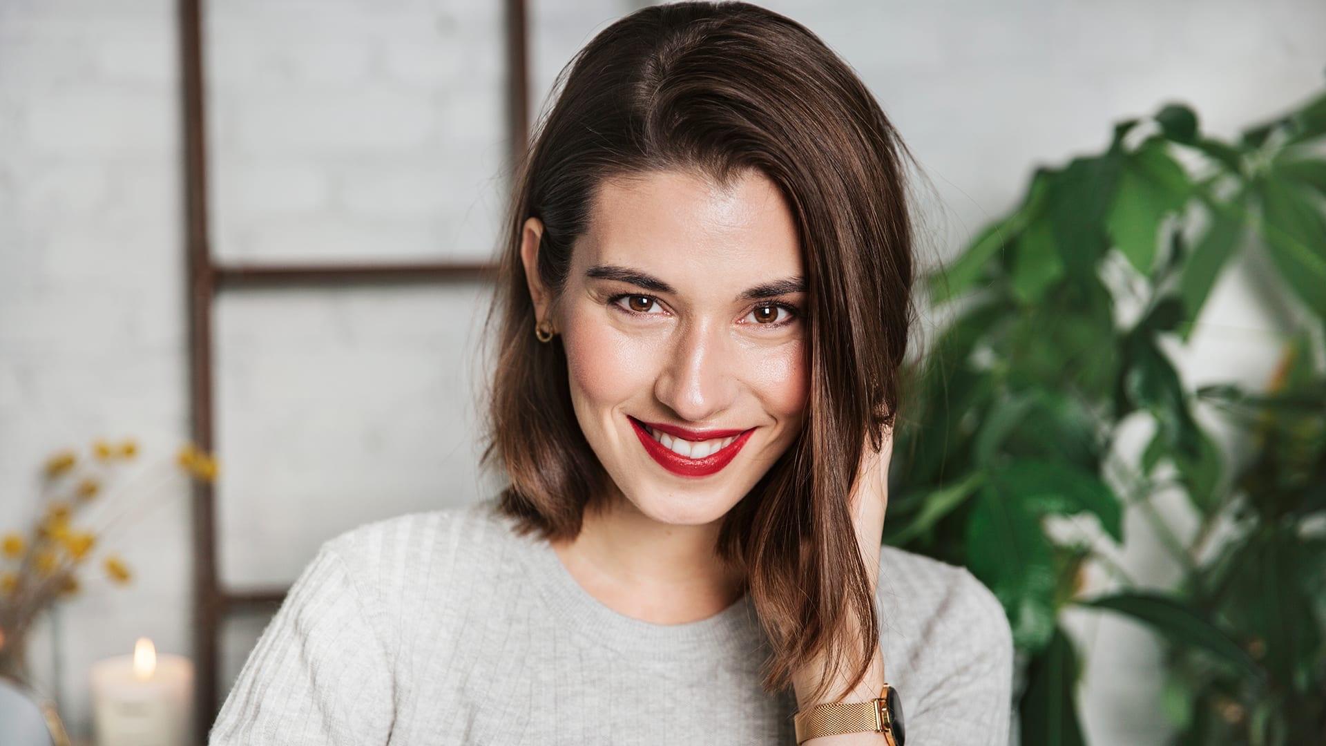 https://cleanbeauty101.follain.com/spring-makeup/