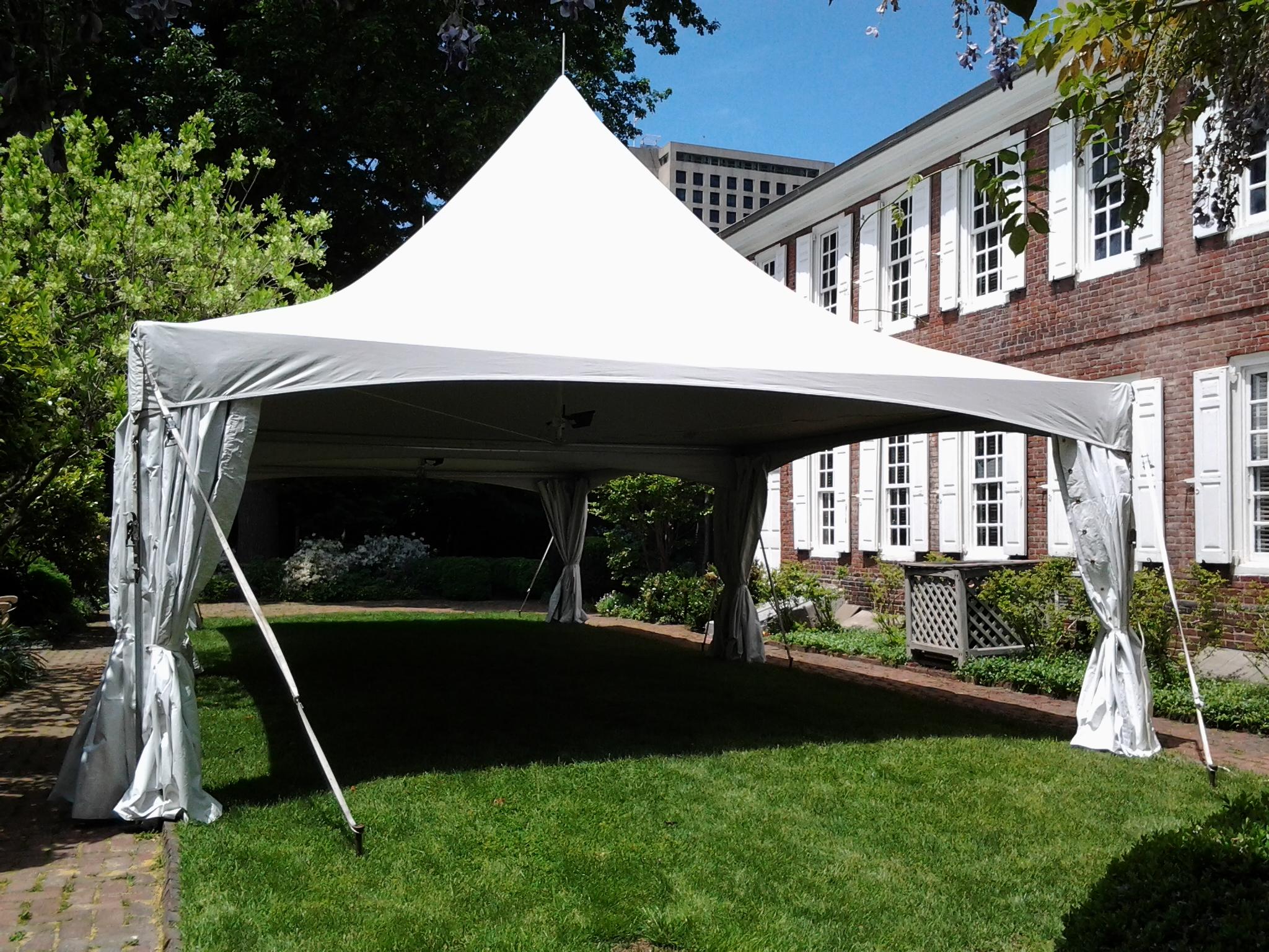 20x20 white frame tent