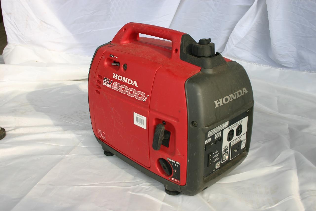 2,000 watt silent Honda generator