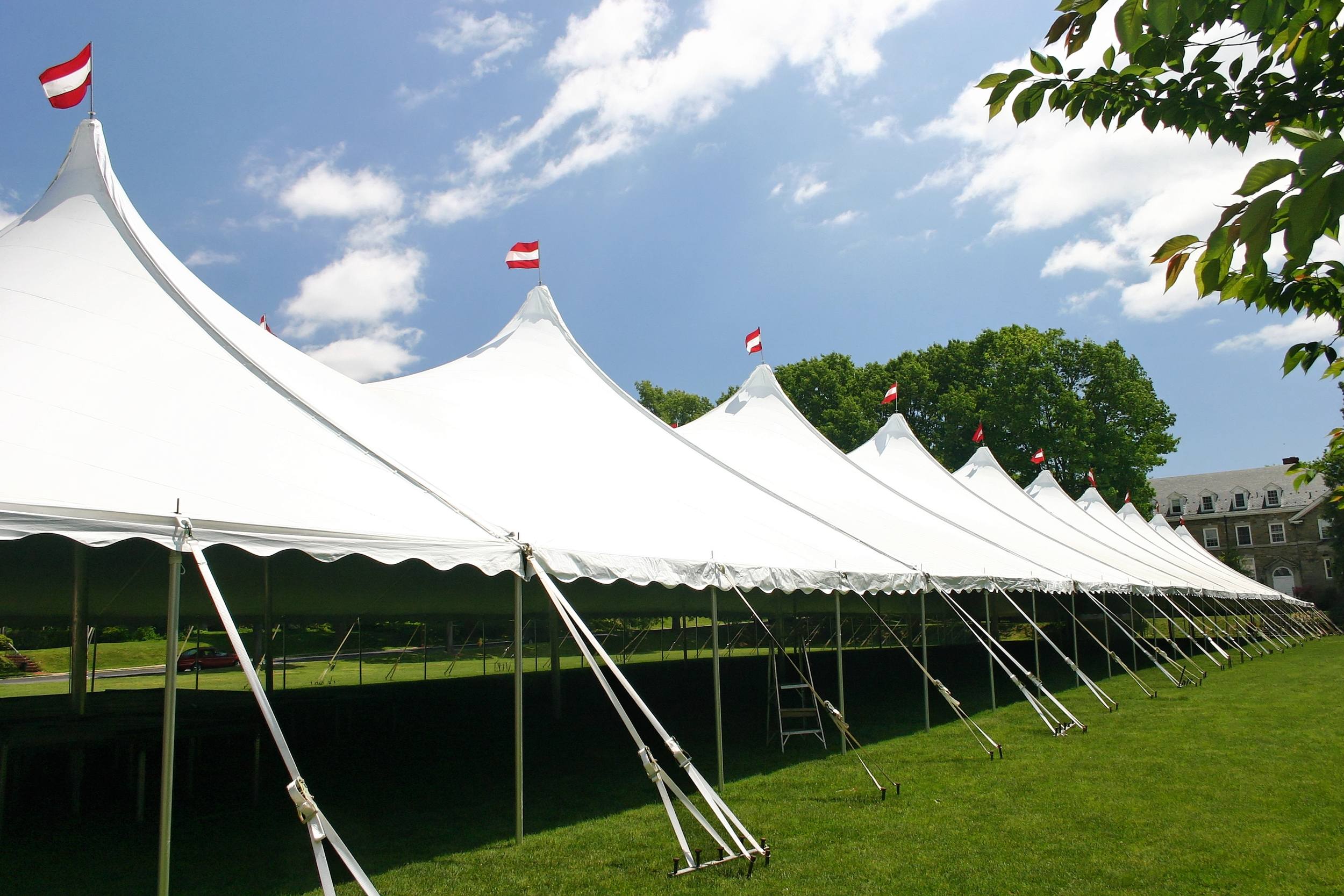 Large tent rentals in Washington DC