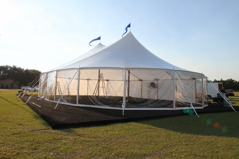 Clear walls on a sailcloth tent