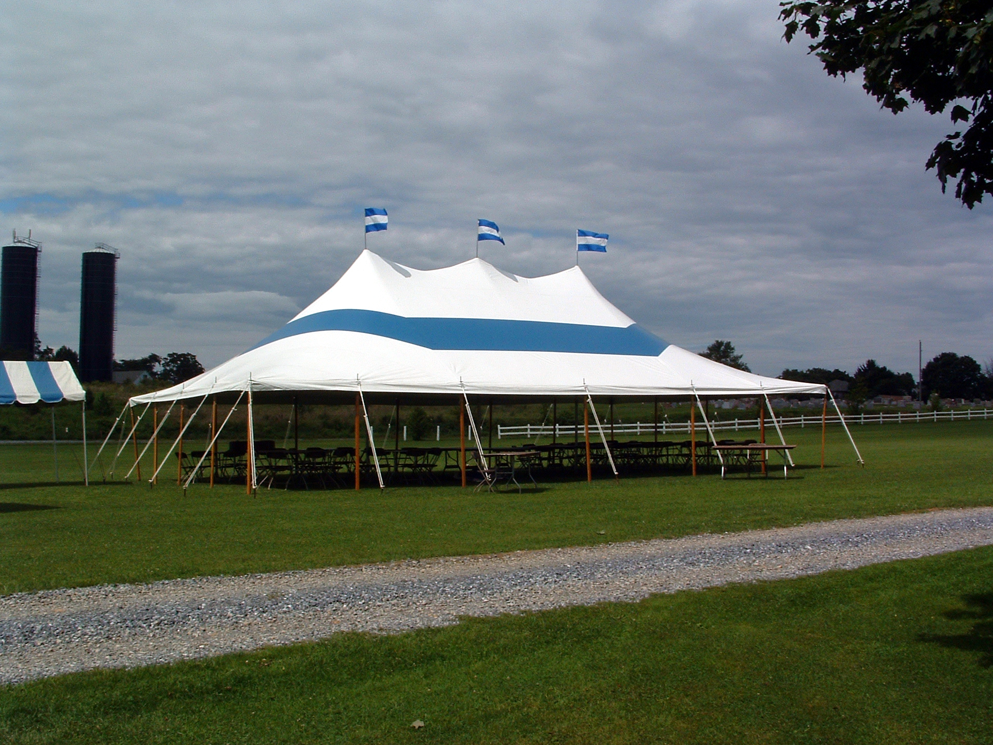 Blue party tent for rent in Fredrick, MD