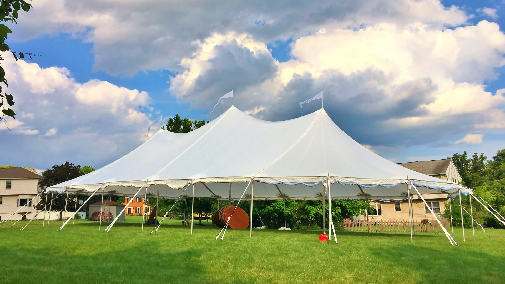 Beautiful sailcloth tent for rent in Scranton, PA