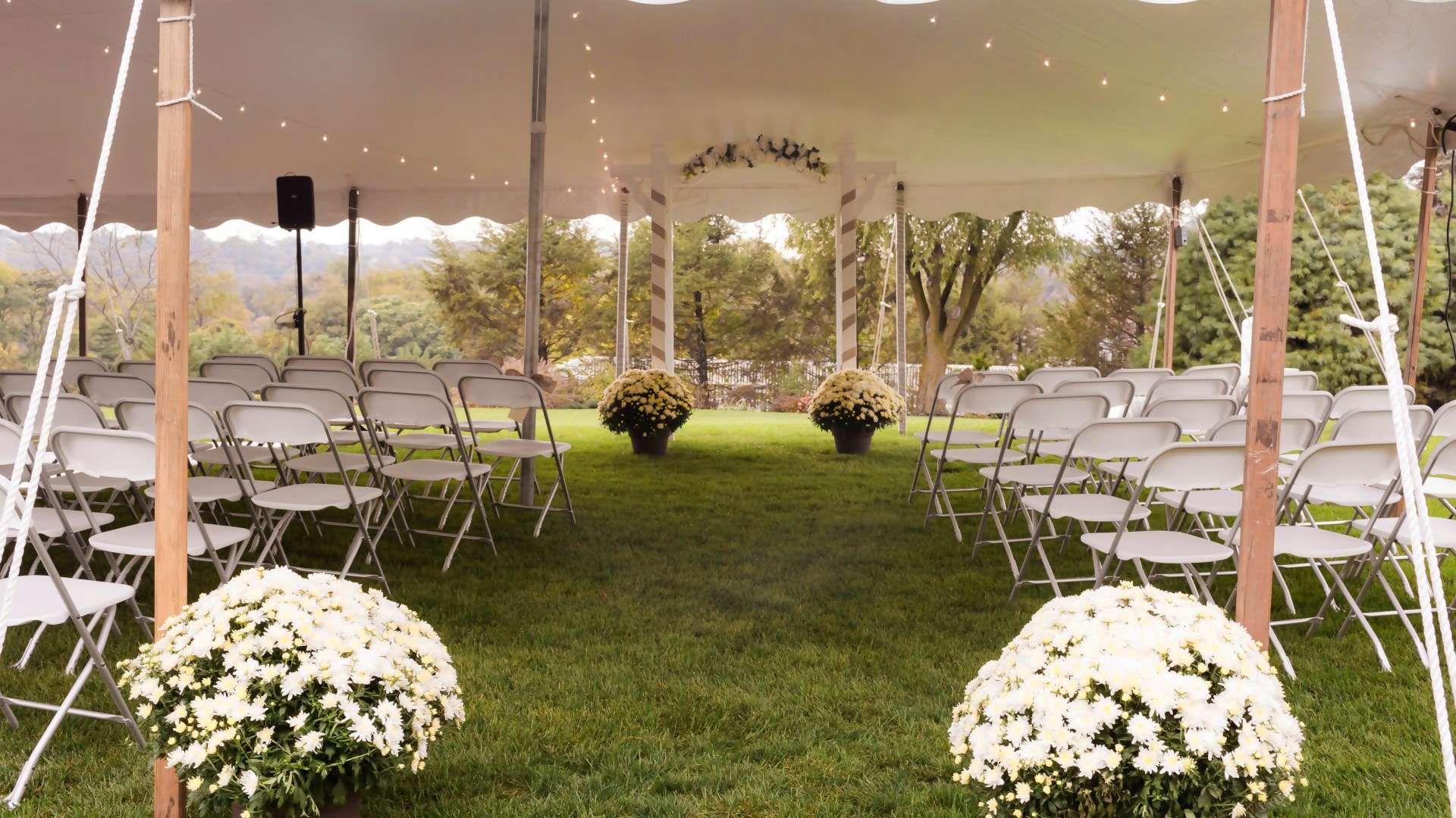 Comfortable white folding chairs for rent in Cherry Hill, NJ