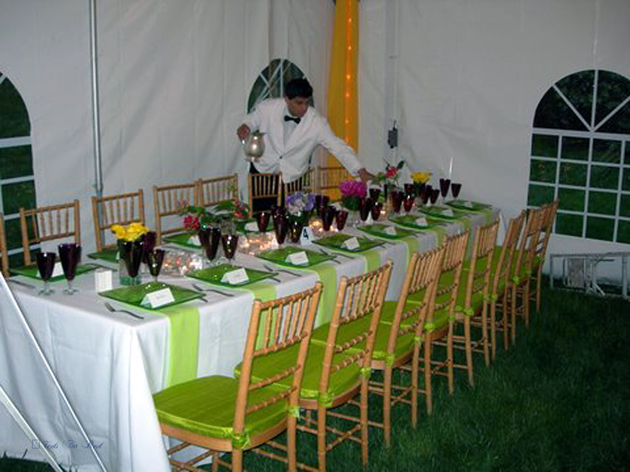 Linens and chairs for rent in King of Prussia, PA