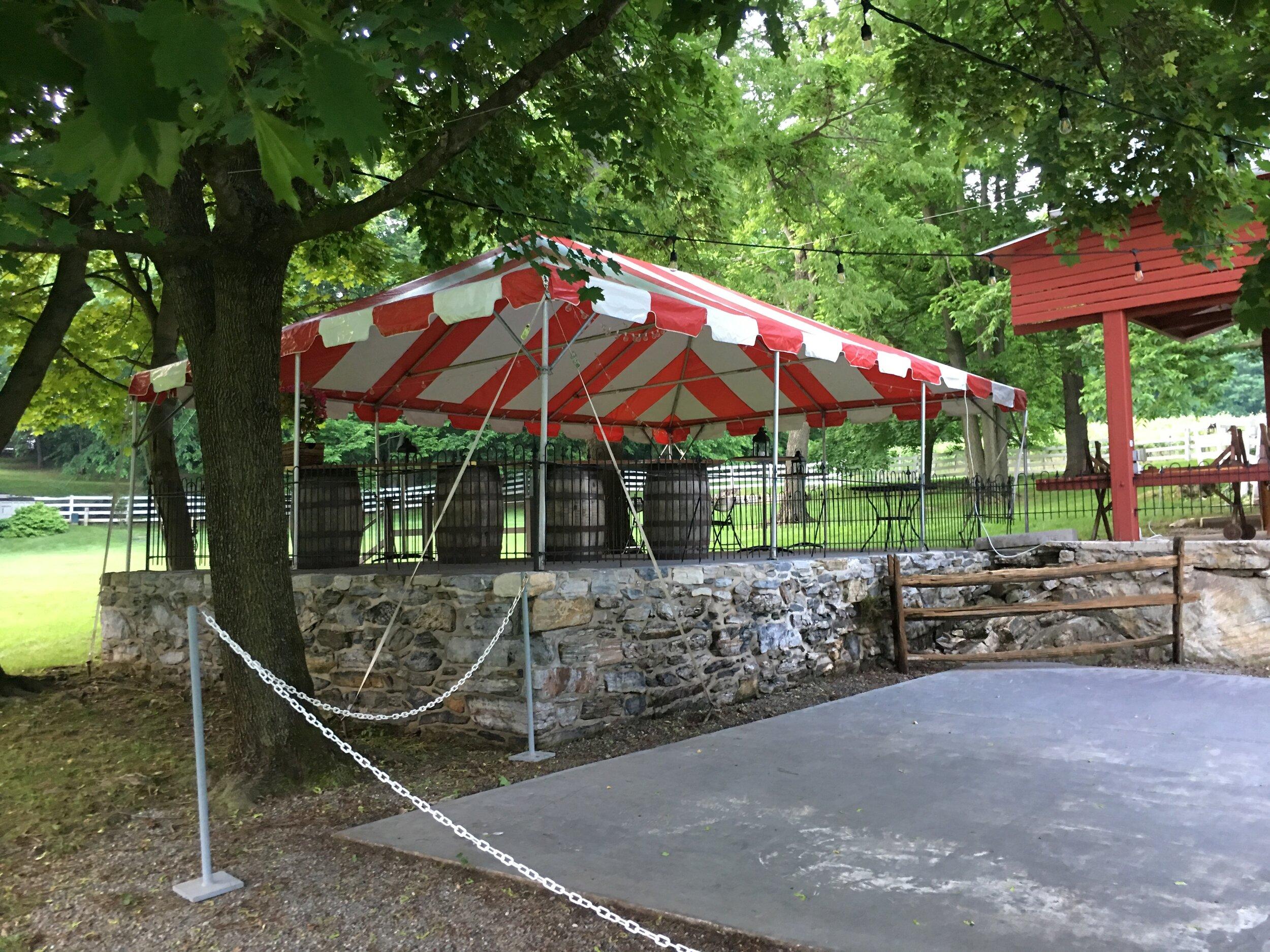 Summer tent installation service