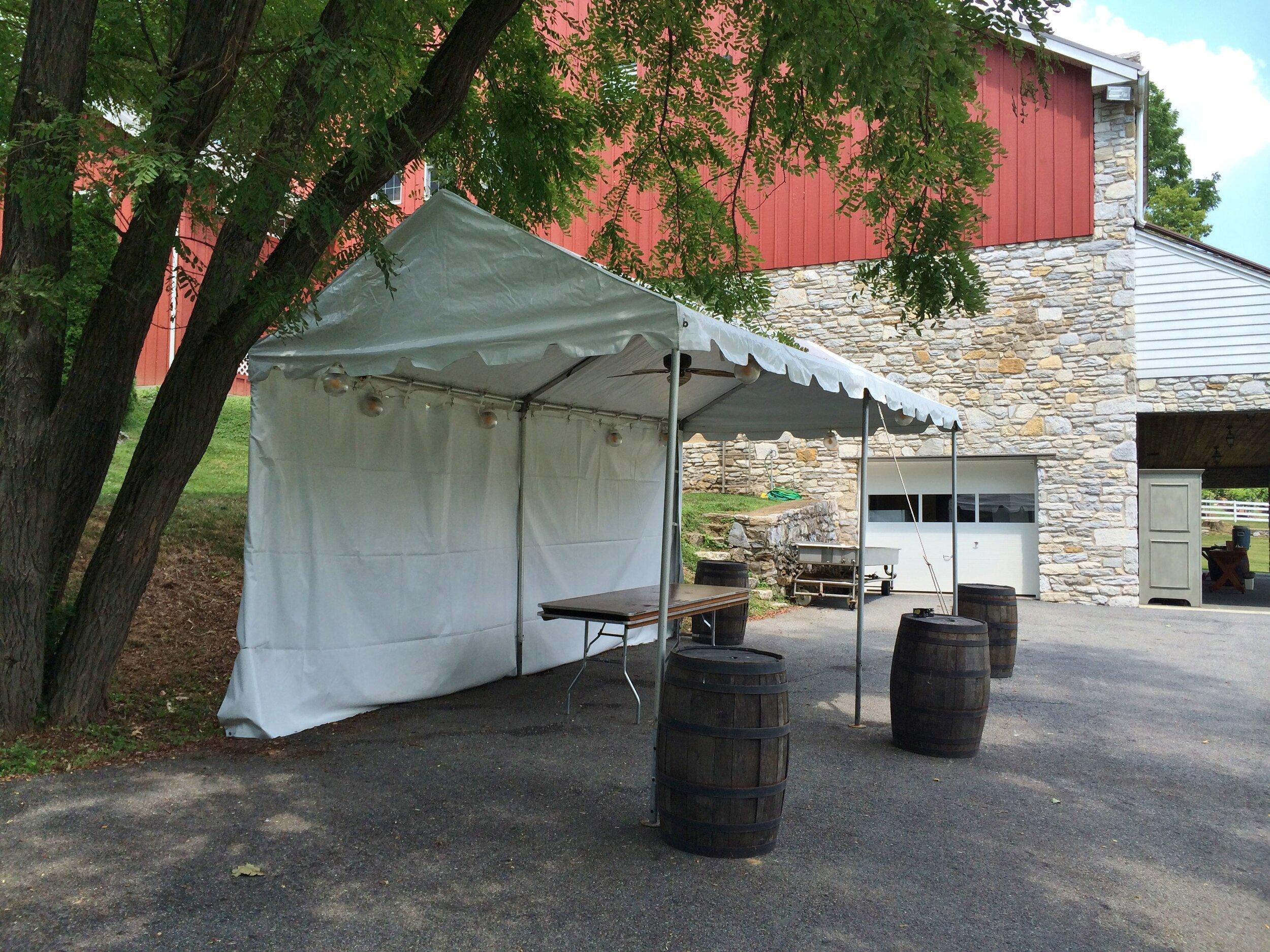 Summer tent installation