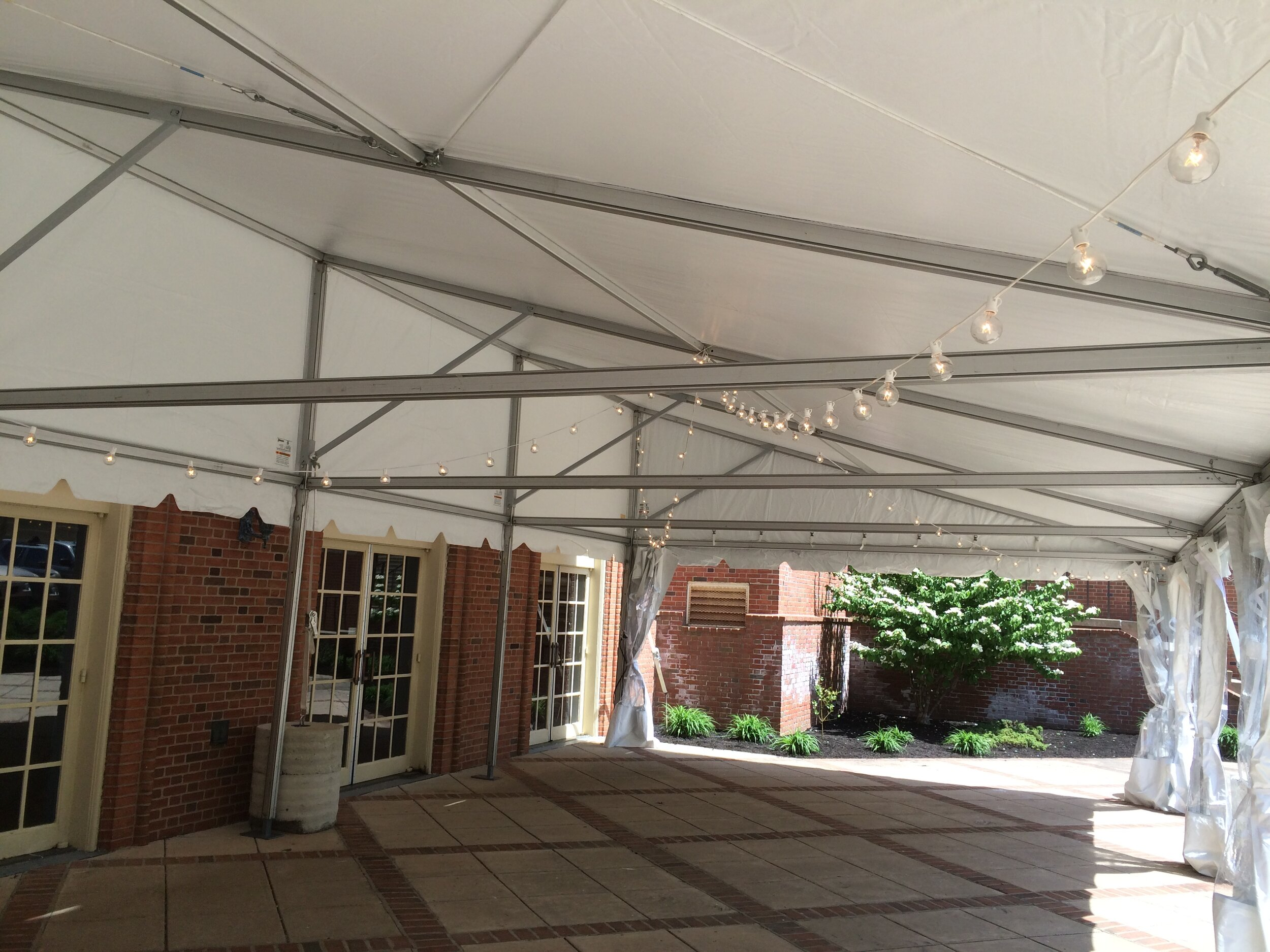 University tent installation service