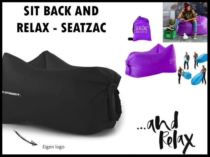 Chill wherever you want met de SeatZac! De SeatZac is de compacte en super comfortabele lucht gevulde chillbag die je overal mee naartoe kunt nemen. Vanaf nu kun je dus waar je maar wilt je luie stoel neerploffen in het park, bij het zwembad, op het festival en thuis, in je tuin. Prijs per stuk vanaf 100 stuks €24,50 exclusief BTW en transportkosten.