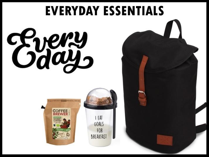 Een bruikbaar en origineel cadeau is deze Everyday essentials kit, bestaande uit: Een stijlvolle en hippe rugzak, een handige yoghurtbeker om on the go je yoghurt uit te eten een zakje met daarin heerlijke organic Honduras koffie van het merk Growers cup. Met deze koffie van Growers cup coffeebrewer kan je waar en wanneer je wilt genieten van koffie, het enige wat je nodig hebt is een beetje heet water! Prijs per stuk vanaf 100 stuks €18,50 exclusief BTW.