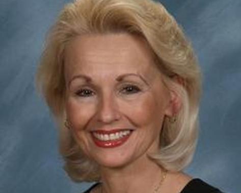 CYNTHIA FILIPOVICH   Member  Co-Chair, Clark Hill BOLD™ - Detroit
