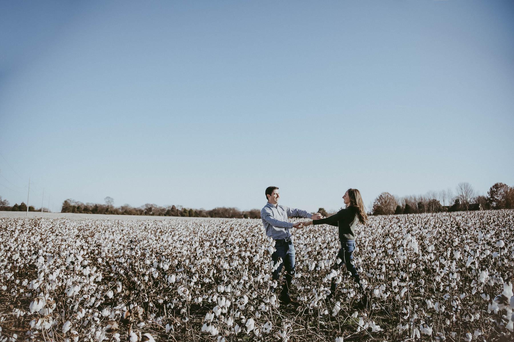 Nashville_Cotton_Field_Engagement-10.jpg