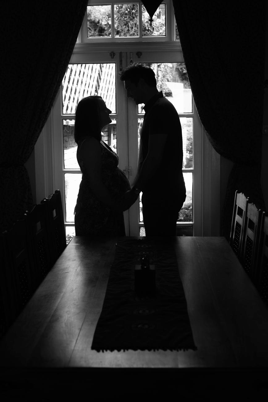 maternity-pictures-hemel-hempstead-silhouette