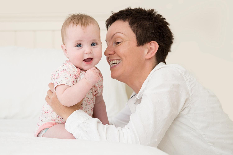 baby-photography-hemel-hempstead-9-month-old-mum