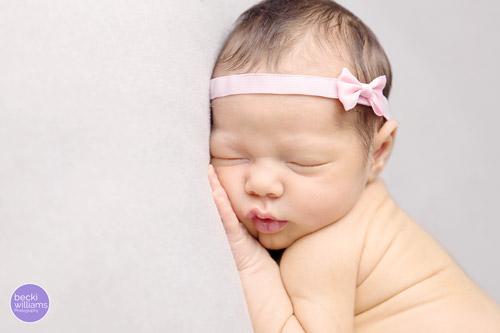 Newborn Photographer St Albans - pink headband